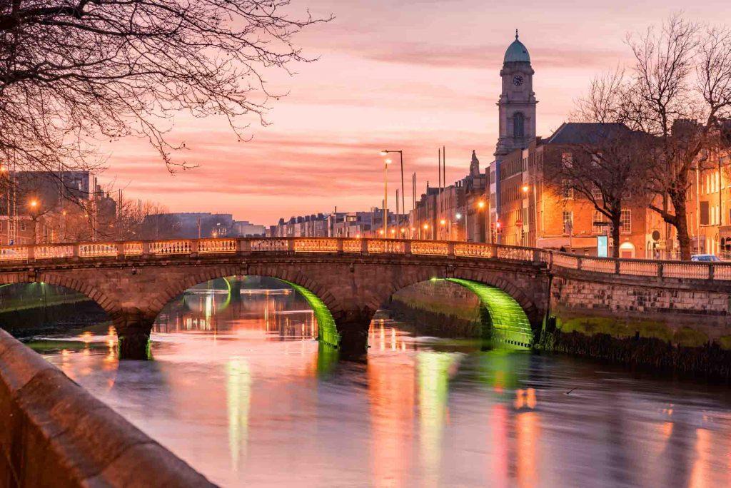 Grattan Bridge in Dublin