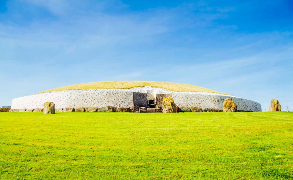 Newgrange Tomb in Boyne Valley